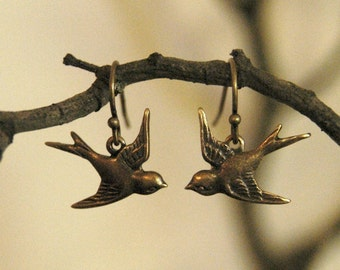 Love Bird Earrings - Brass