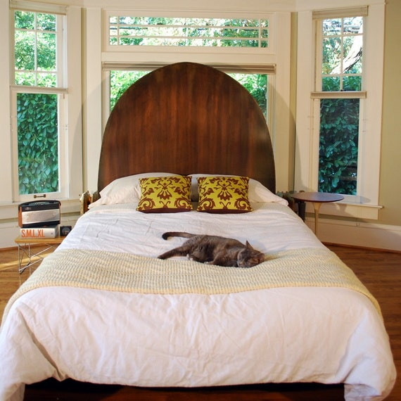 Arching Bed in Steel