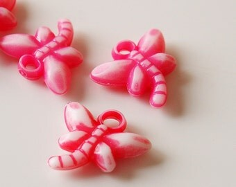 18mm x 17mm White and Dark Pink Acrylic Dragonfly Charms - 15 Pieces - LCF011-WDP