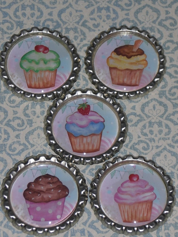 5 Sealed Flattened Bottle Caps Pastel Cupcakes for Hair Bows Necklaces Party Favors Cupcake Toppers Scrapbooking