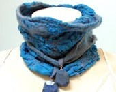 Felted Wool Scarf Neckwarmer soft Silk Merino Shibori-Nuno - Azure blue