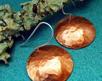 Sexy SATURN Hammered Copper Disc Earrings, 1 inch Handmade Circles on Sterling Silver Dangly Wires - Rustic Artisan Jewelry