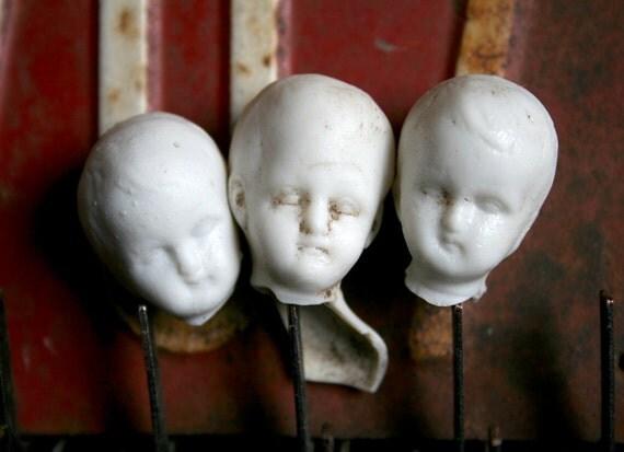 3 German Bisque Boy Creepy ADORABLE Dug Up Doll Heads HALLOWEEN Frozen CHARLOTTE 9520z5