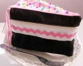 Slice of cake purse