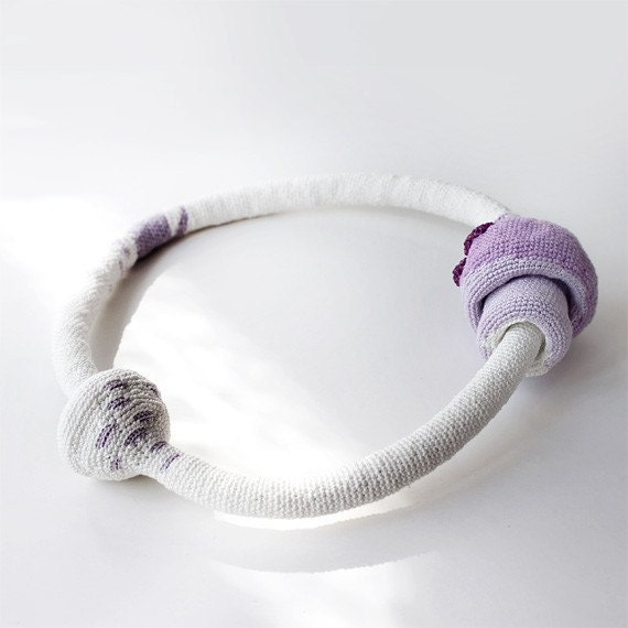 Crochet necklace - Lavender cocoon