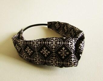 Turban Headband in black diamond batik