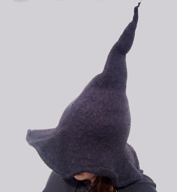 Knitted witch hat pattern
