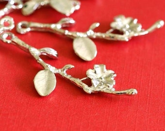 Sale 40pcs Silver Branch Twig with Flower Pendants EA11049