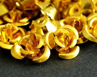 Clearance 50pcs 12mm Yellow (Gold) Aluminum Rose Flower Beads AF12MM008Y