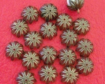 Sale 50pcs Antique Bronze Filigree Bead Caps A026