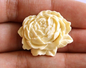 Sale 10pcs Ivory Mum Peony Flower Cabochons 25mm