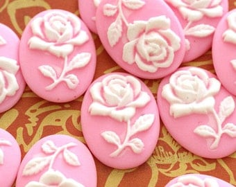 Sale 10pcs Pink with white flower Oval Resin Cameo Cabochons  CRES-H001