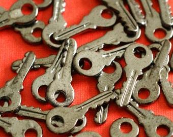 Sale 24pcs Gunmetal Small Key Pendants EA11603Y-B