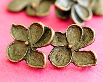 Sale 4 pairs of Antqiue Bronze finish Flower EAR Posts EA11690Y-AB