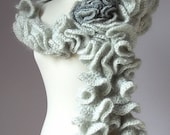 JOSEPHINE - Ruffled Scarf Knitting Mohair