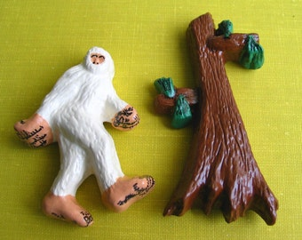 Abominable Snowman and Pine Tree -  Pin Set -