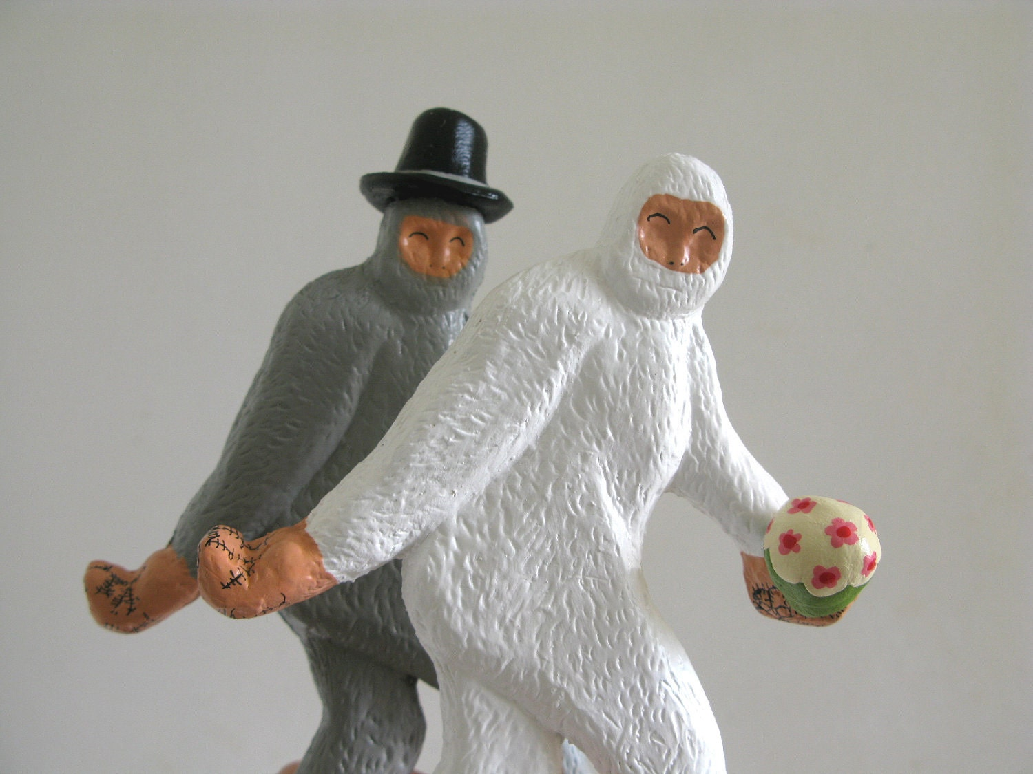 Wedding Cake Toppers Large Bigfoot Couple