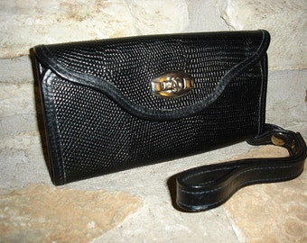 LITTLE CONVERTIBLE - Vintage 1970s Mod Small Black Embossed Leather Lizard Wallet or Clutch