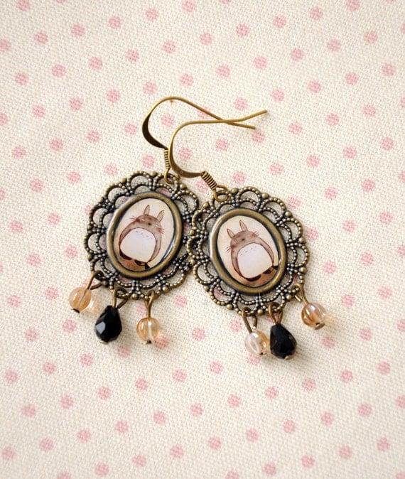 Totoro - cameo earrings