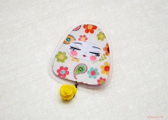 Flower  power - Matryoshka pin brooch