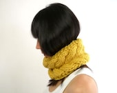 Braided Neck Cozy in Pure Wool