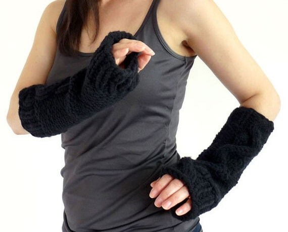 Chunky Cabled Knit Fingerless Mitts