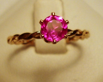 Ring Pink Sapphire - 14k gold filled eco friendly - Prong set solitaire 1/2 ct - Custom made in your Size