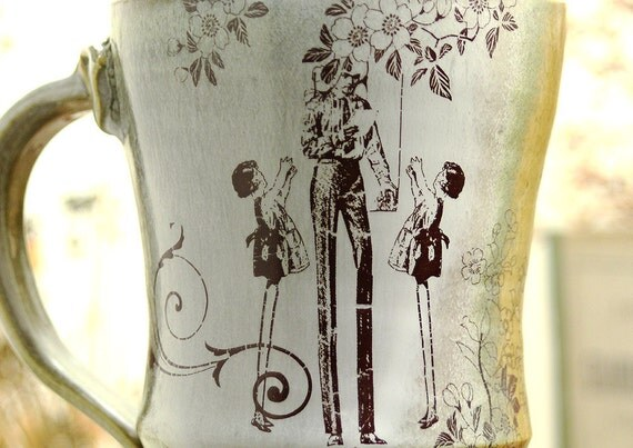 Coffee Cup - Retro Tall Family Drawing