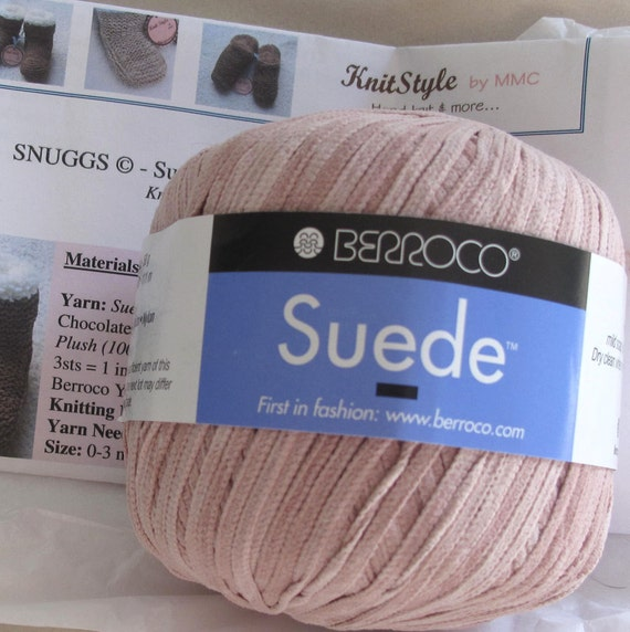 SNUGGS (c) - DIY Yarn and Pattern Kit - Suede Knit Baby Bootees - Light Pink