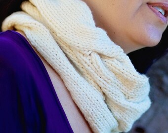 Pure Wool Cable Knit Cowl
