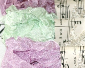 Seam Binding -  Crinkled - Phlox in Bloom - purples -  green -  18 yards - Vintage Style Ribbon