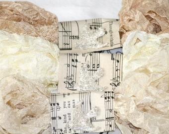 Seam Binding Ribbon , 18 YARDS ,  AGED LACE , Creams , Crinkled Ribbon , Shabby Ribbon , Farmhouse Colors , Vintage Style Ribbon