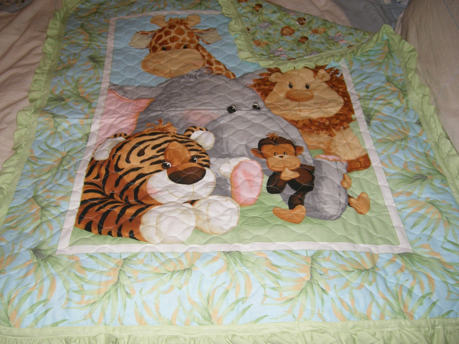 Baby Quilt in Jungle Pattern