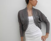 shrug bolero cardigan in gray lace wool with ruffled edges, 3/4 sleeves