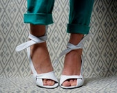 white leather wedge sandals / ankle strap / high heel / 6.5, 7
