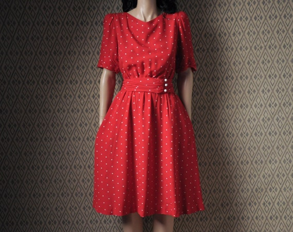 red polka dot tea dress / puff slv / s / m