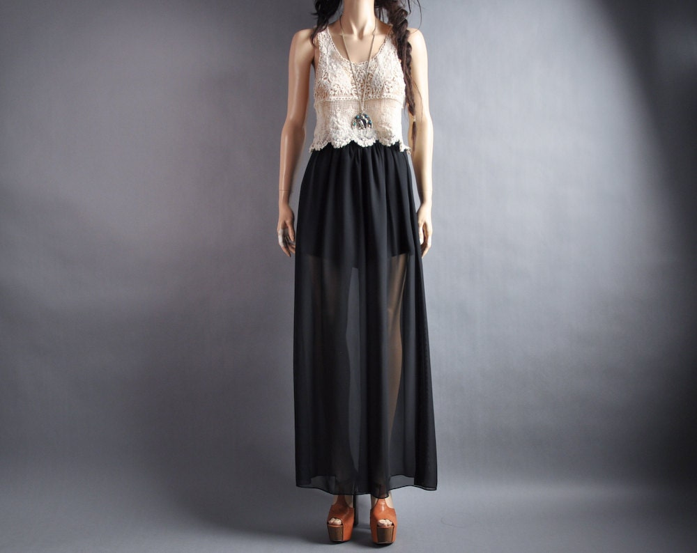 Shop chaplin-favor.tk for the newest additions to pants! From wide leg trousers to lace up flare pants, we have all of your pants needs!