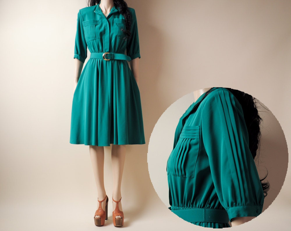 emerald green pleated tea dress sm by persephonevintage