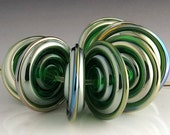 Gaia Emerald Green Metallic Disc Beads - beadabundant