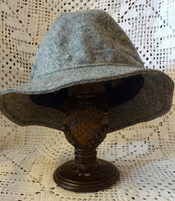 SALE PRICED Adorable Vintage Wool Hat