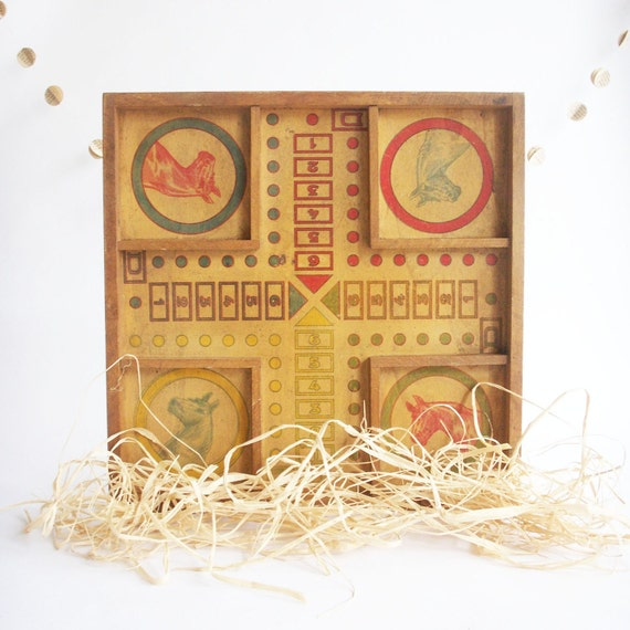 Horse Board Game - French Vintage