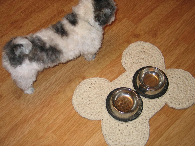 Free Crochet Pattern For Dog Bone Mat : Crocheted Dog Bone Mat Pattern