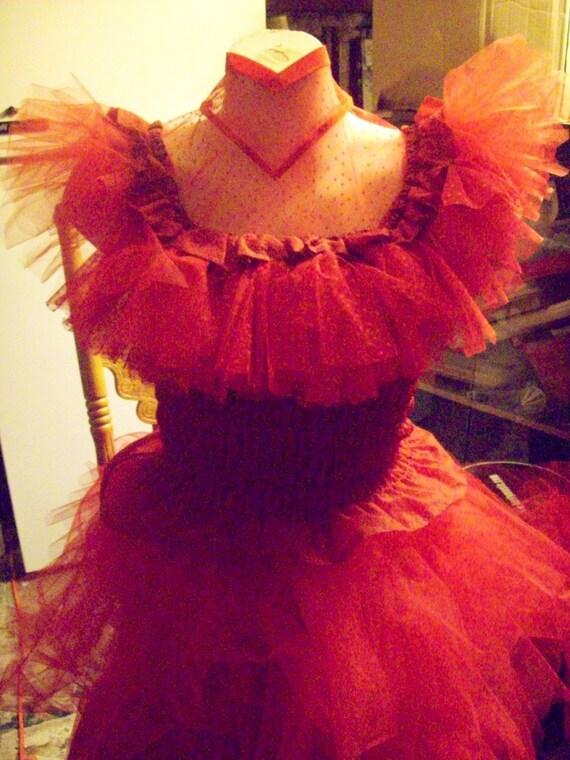 Beetlejuice costume red wedding dress lydia by for Lydia deetz wedding dress