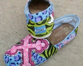Custom Painted design on YOUR TOMS with Pink Rosettes  Funky Cheetah print and a Cross