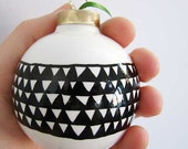 black and white ornament ceramic with triangle pattern