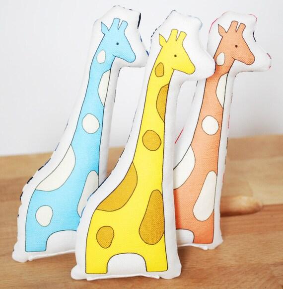 mini printed giraffe