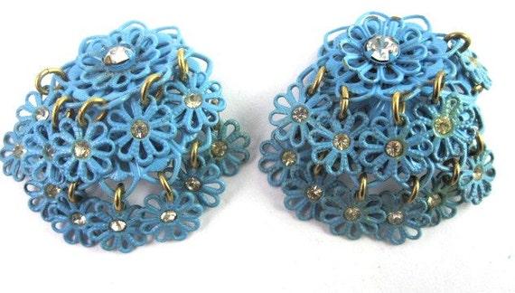 Vintage Enameled Metal Flower Earrings