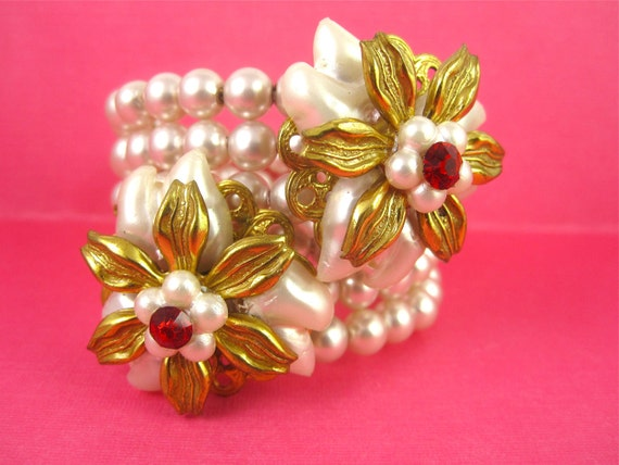 Vintage 50s Haskell-ish Pearl, Rhinestone Cluster Bracelet
