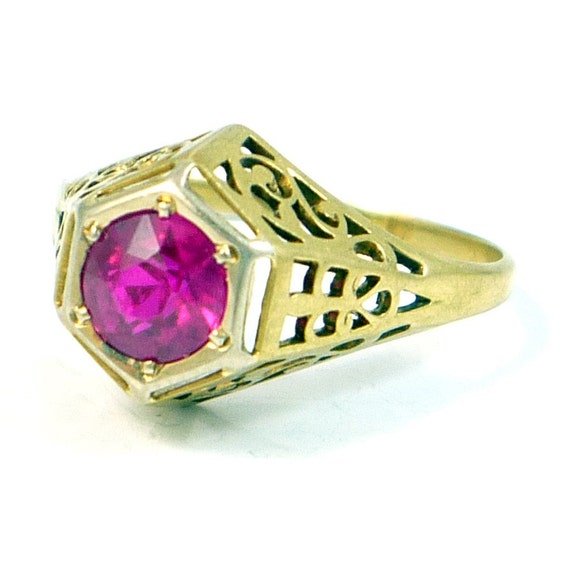 SALE 10K Yellow Gold Antique Art Deco CT Ruby Filigree Ring