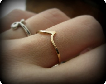 Pointy ring - gold filled